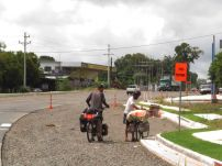 Cicloviajero francés llegando a David / Panamá