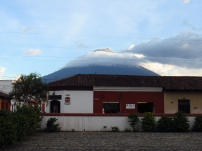 Otra vista del Volcán de Agua desde Antigua